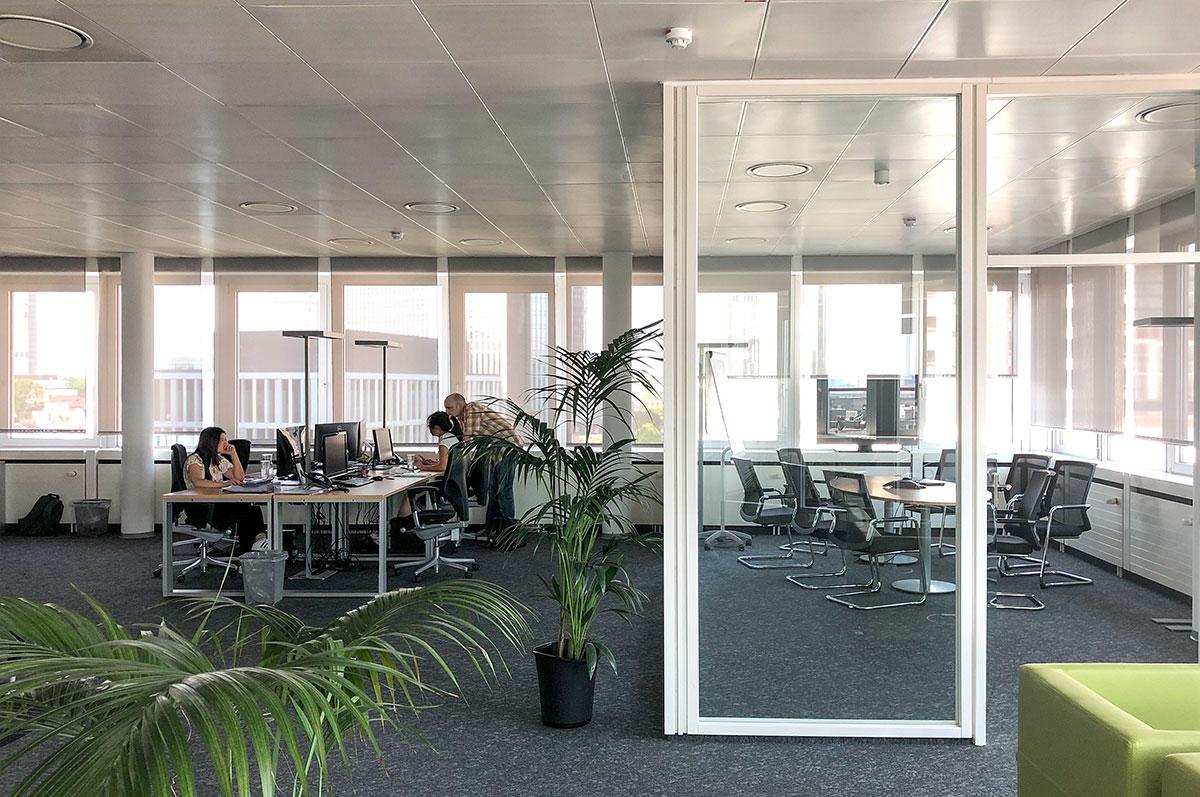 Salesforce Jobs Frankfurt - Onivation Office - Employee